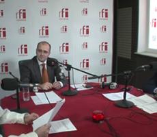 Emisiune despre asigurări la RFI România